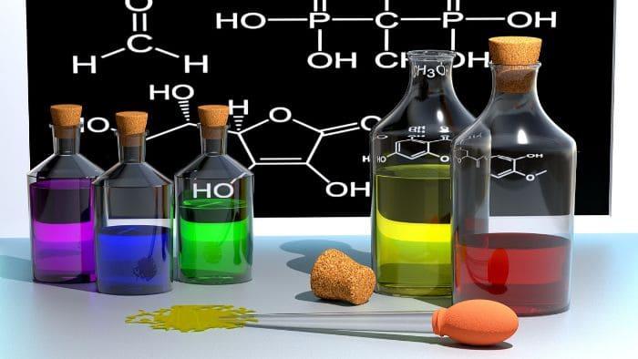 【化学の勉強法】苦手な人は計算問題を諦めるのが効率的。